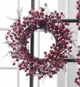 "20"" Snowy Berry Christmas Wreath"